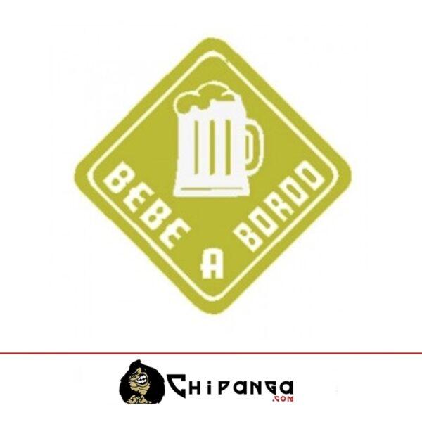 Bebe cerveza a bordo